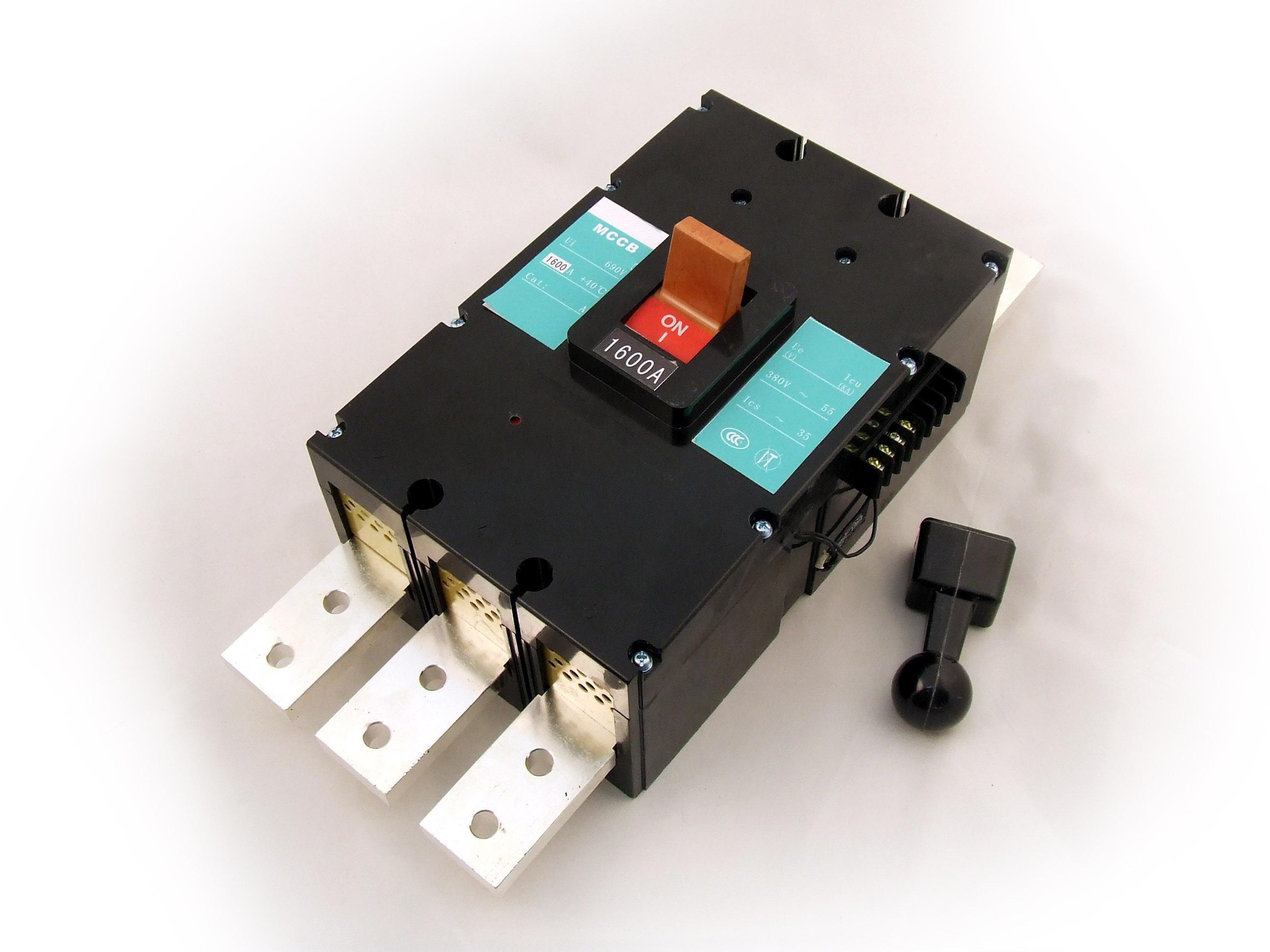 Circuit Breaker 1600A