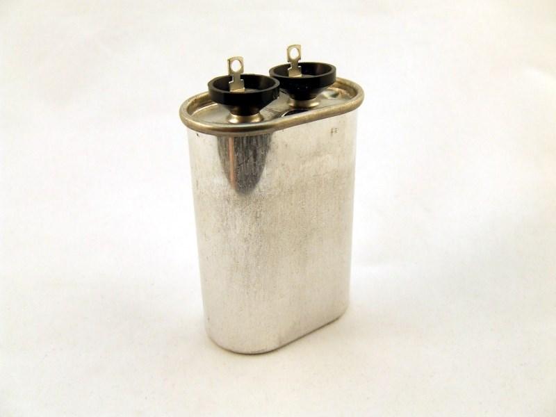 Snubber capacitor